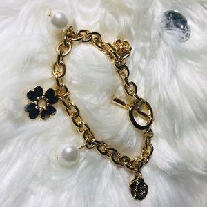 ❤️ gold link chain charm bracelet ❤️